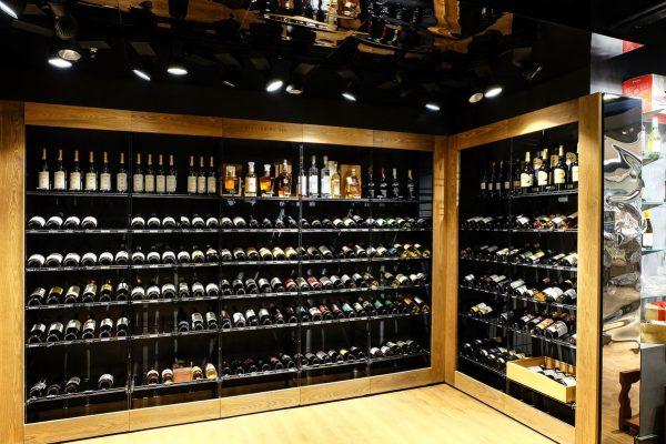 В чём связь между коллекционированием и скупкой алкоголя?